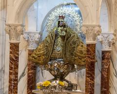 Cachita vestida de gala durante la misa del Papa Francisco en El Cobre
