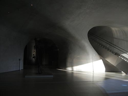 DSCN0168 _ Broad Museum, LA
