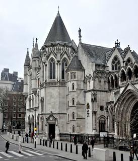 Immagine di Royal Courts of Justice vicino a Londra.
