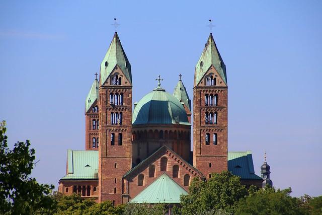 Happy Sunday ! / The cathedral in Speyer, Germany / der Kaiserdom zu Speyer (Unesco world heritage)