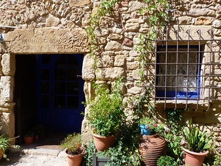 Casa medieval típica del Baix Empordá (Costa Brava, Girona, Catalunya)
