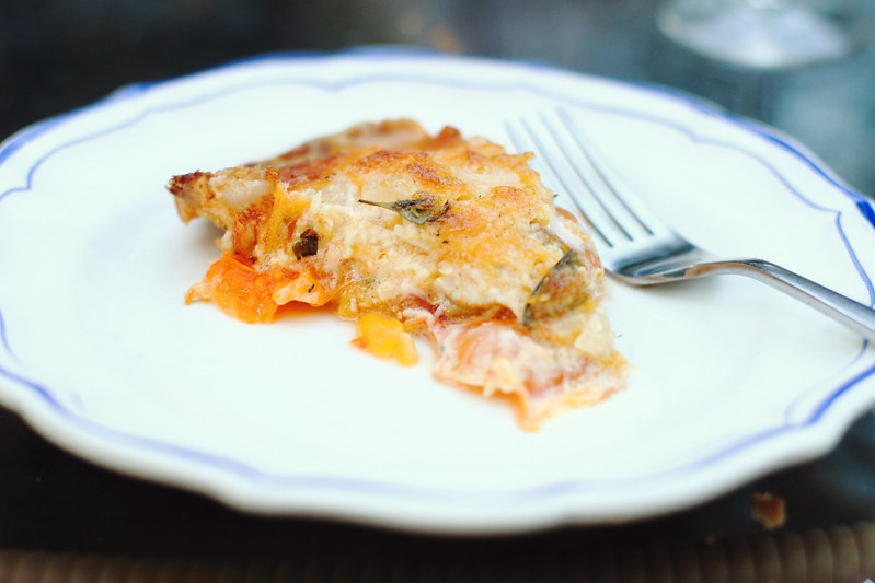 Sunday Dinner: Tomato-Cheddar Pie
