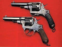 Revolver Bodeo