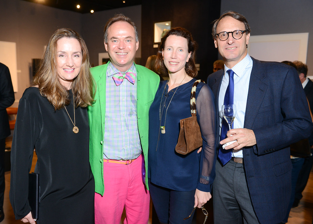 THE SOCIETY OF MSK HOSTS:The Opening Night of the International Show