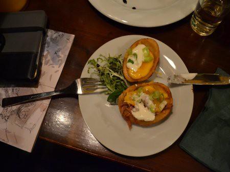 James Joyce pub 1 Restaurante unde se mananca bine in Praga