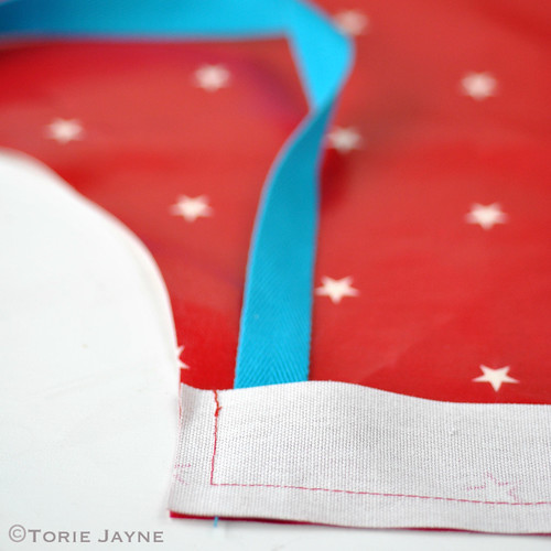 Kids oilcloth apron tutorial 5