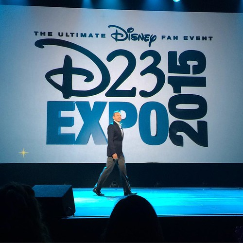 D23 Expo開幕! ボブ・アイガー登場!