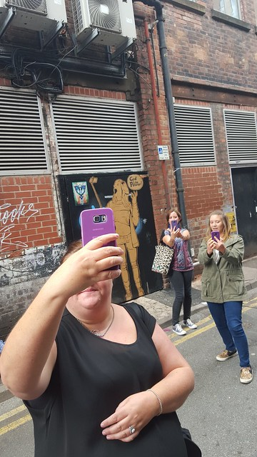 Better photos on your phone - selfieception