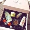 Reçue ! 😁 #glossybox #box #boxbeaute #beautybox #octobre #lagourmande #toofaced #huygens #nailsinc  Glossy Box tests et avis sur la box by passionthe