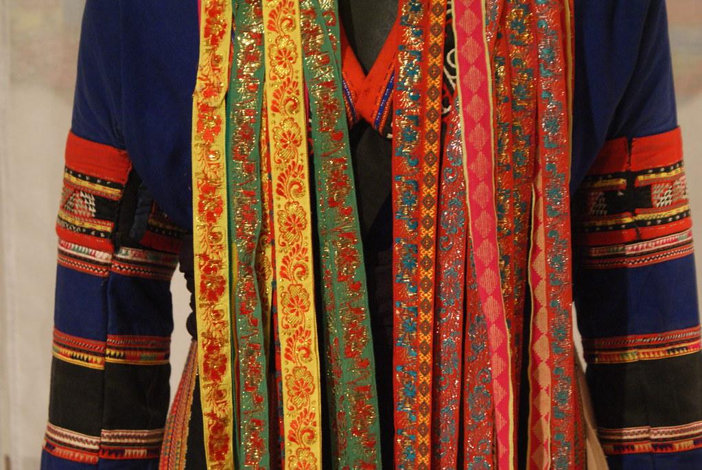 Exemple de costume traditionel au musée de la femme d'Hanoi.