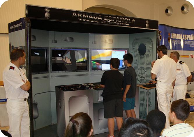 La Armada instala un simulador de navegación marítima en Espacio Mediterráneo