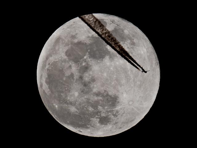 Moon 12.03.2017
