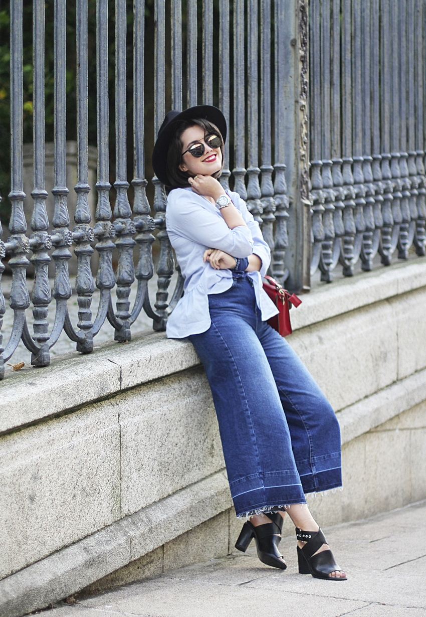 denim culotte look with blue blouse myblueberrynightsblog