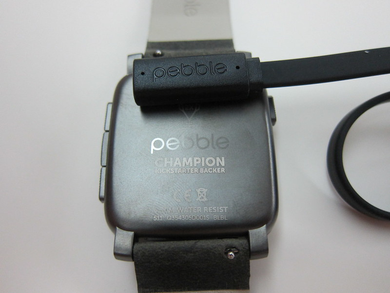 Pebble Time Steel Watch - Charging