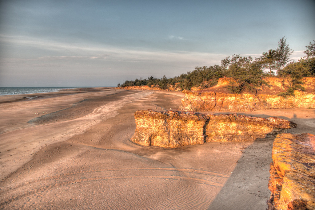 Dripstone Cliffs Sunset, Casuarina Beach, Darwin, Northern Territorty, Australia.HDR.02