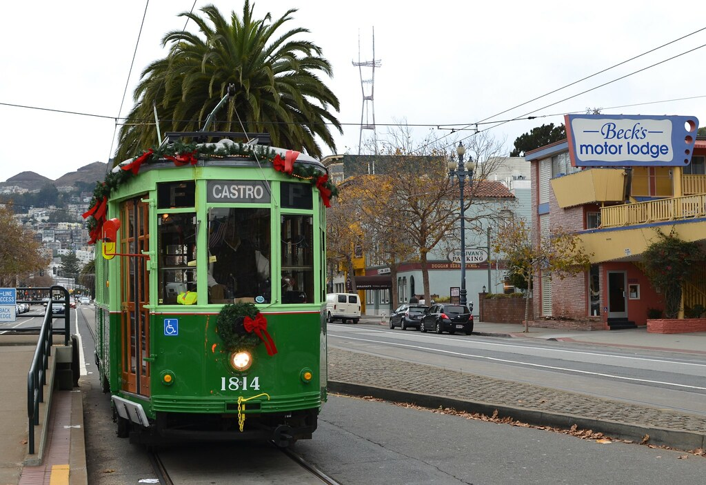 A Christmassy F-Line Car