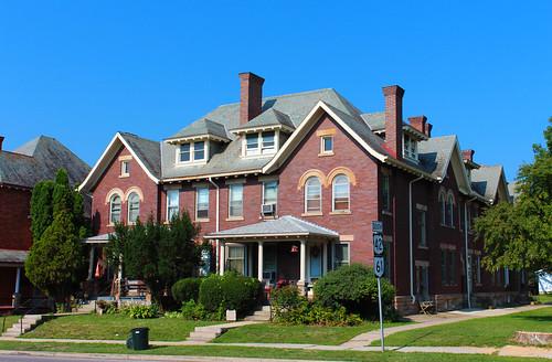 mountgilead morrowcounty ohio village apartmentbuilding