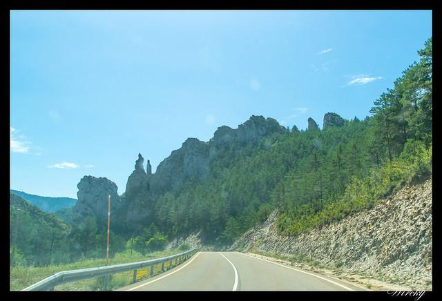 Carretera de Hecho a Ansó