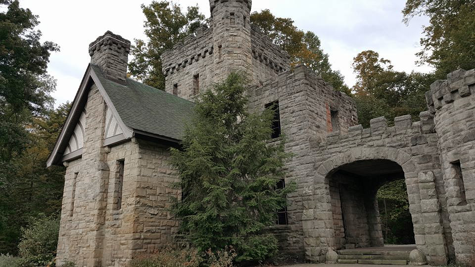 Squire Castle 01 - North Chagrin Reservation - Cleveland Metroparks