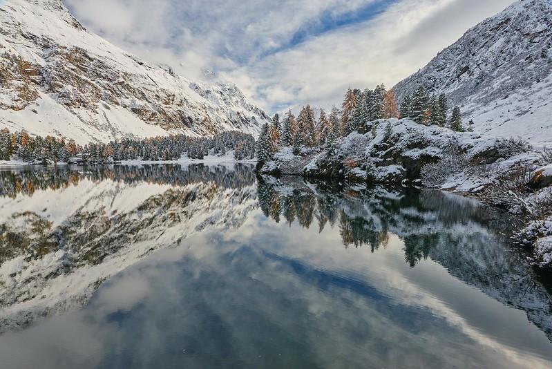 Reflections - Lägh da Cavloc