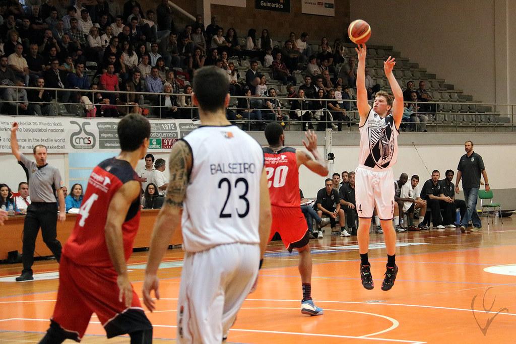 Basquetebol: Vitória SC 93-69 Maia Basket