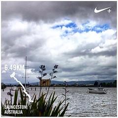 Town run with friends today :) Moody Tamar river... #upsticksandgo #tamarriver #launceston #running #jogging #exploring #instagood #instanature #michfrost #tassie #tasmania #instafit #nikerunning