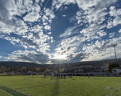 sun oregon lens ed star la grande football community nikon university cloudy stadium sunny d750 20mm nikkor eastern afs naia partly f18g