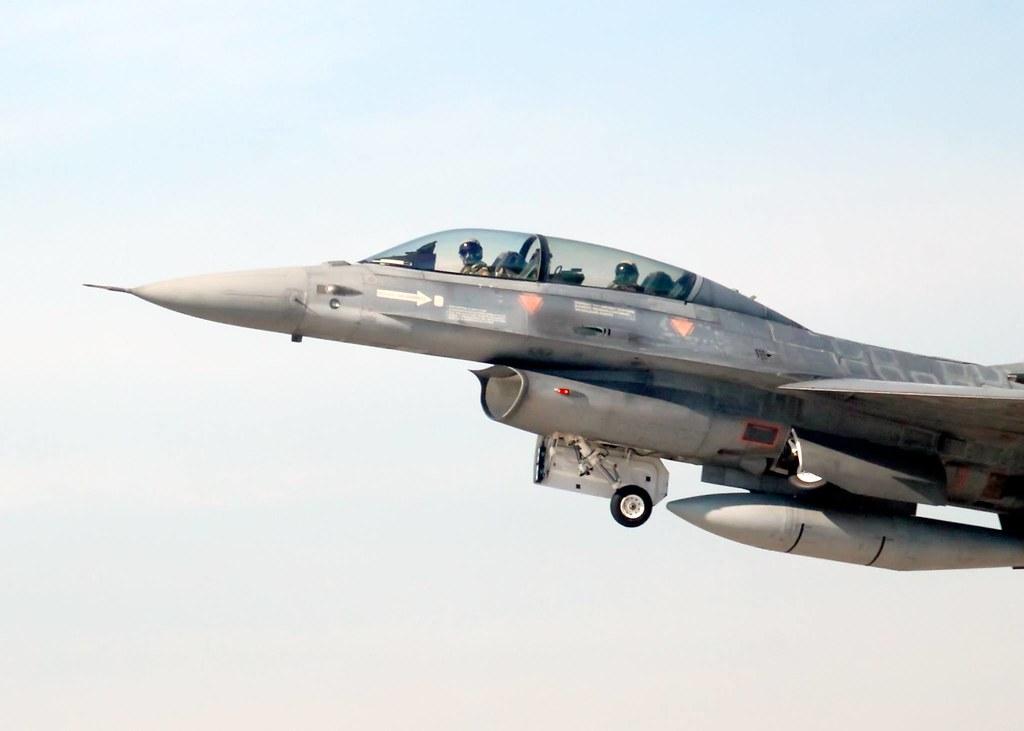 ROAF_F16_piloti_romani (24)