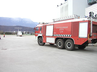 Flughafenfeuerwehr Bozen - vigili del fuoco aeroportuali Bolzano