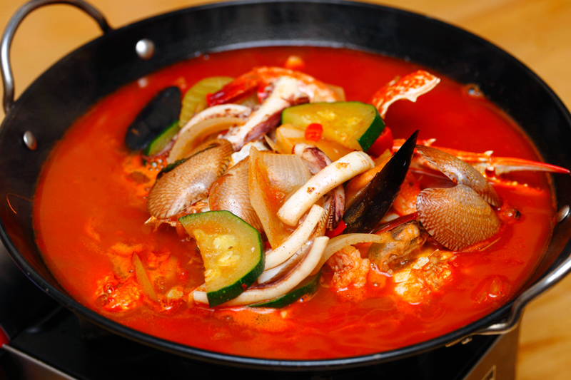Sola Pocha Chinese Style Seafood Soup