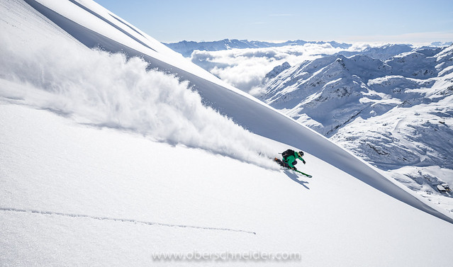 High Speed Powder Skiing