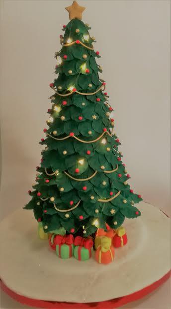 Christmas Tree Cake by Nélia Gonçalves