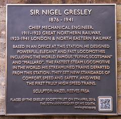 Photo of Nigel Gresley bronze plaque