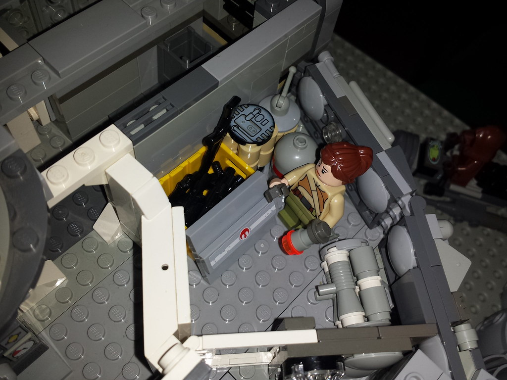 Lego Millennium Falcon interior number 3 hold