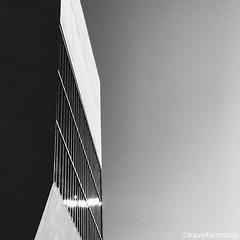 #blackandwhite #architecture #architecturephotography #shotoniphone7plus #porto #oporto #porto_ig #visitporto #portugal #loves_porto #portolovers #wanderlust #travel #travelgram #vsco #vscocam #guardiantravelsnaps #citytrip #travelphotography #igers_porto
