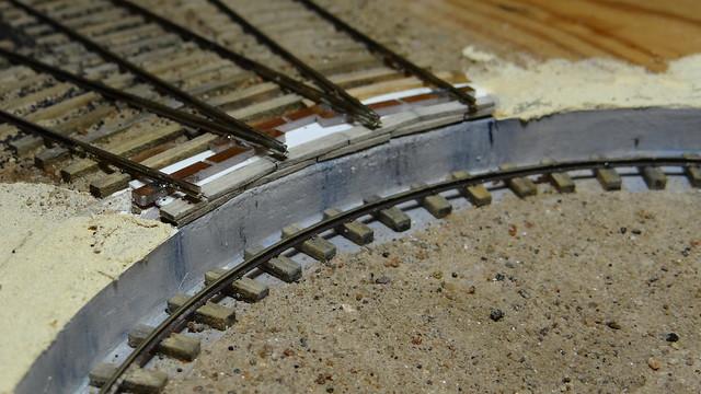 Pit rail and shore rail details