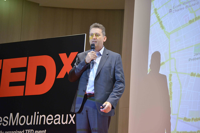 2016-11-23 - TEDxIssy-01 - Speakers (17h42m44) - Frédéric ROUSSEAU