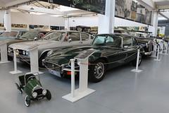 Jaguar E Type V12 series III