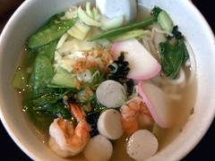 noodle soup(0.0), produce(0.0), seafood(1.0), kuy teav(1.0), food(1.0), canh chua(1.0), dish(1.0), soup(1.0), cuisine(1.0),