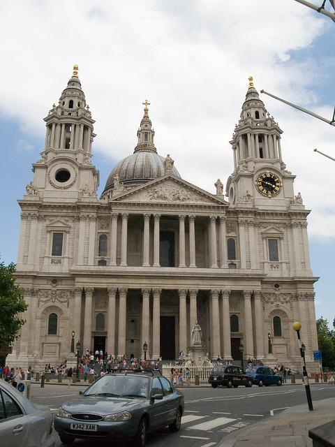 Facade of St. Paul's Cathedral | The West facade of St ...