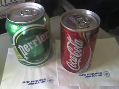 soft drink(1.0), carbonated soft drinks(1.0), tin can(1.0), drink(1.0), coca-cola(1.0),