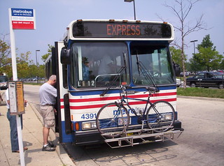 Taking the bike to Baltimore (B30 bus at Greenbelt)