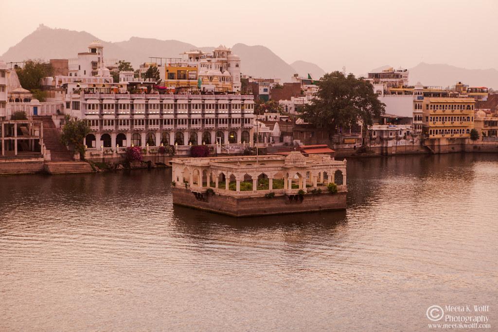 India2015-0377 by Meeta K. Wolff