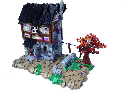 Lego Medieval House moc] medieval house in the beginning of fall - lego historic
