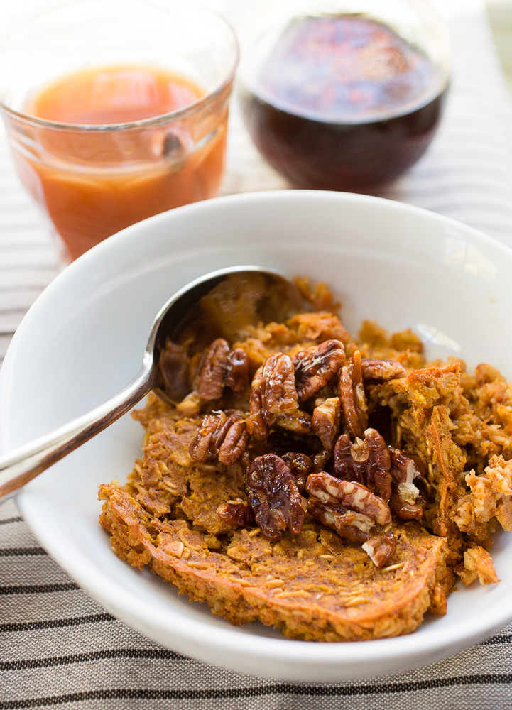 Baked Pumpkin Spice Oatmeal with Candied Pecans