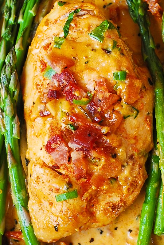 chicken breast with bacon, chicken breast with sun-dried tomato sauce, chicken breast with asparagus