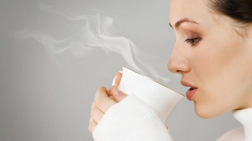 Hasil gambar untuk manfaat minum air hangat