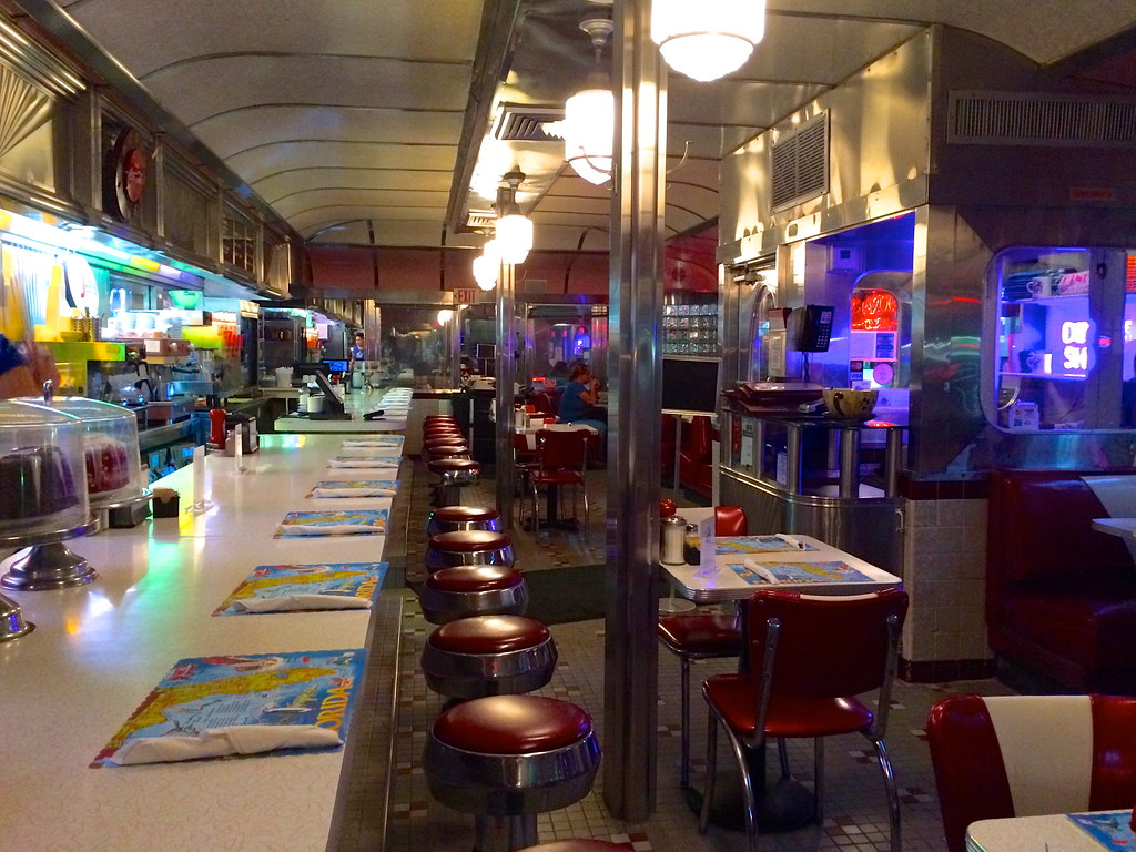 11th Street Diner - Miami Beach Florida FL - Retro Roadmap