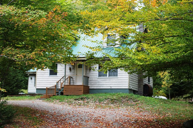 Spruce Cottage is nestled on a wooded lot situated just off the Jackrabbit trail near the Village of Lake Placid.