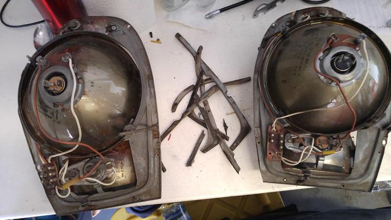W111 Headlight Restoration